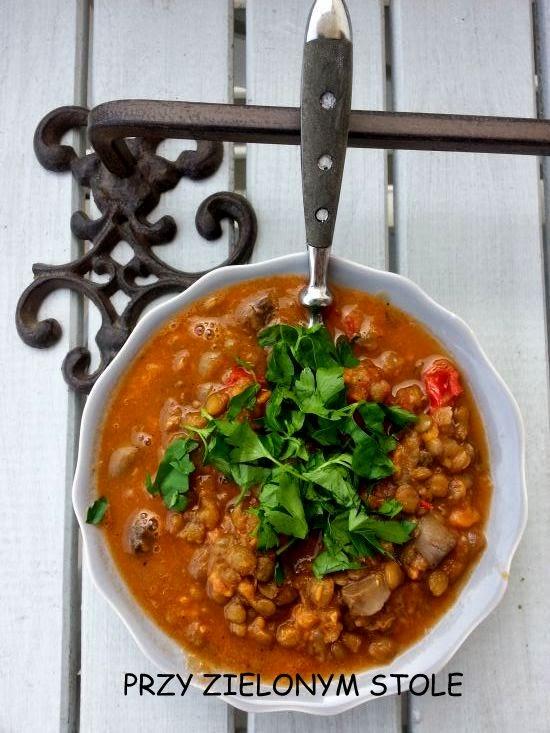Zupa z zielonej soczewicy i pieczarek