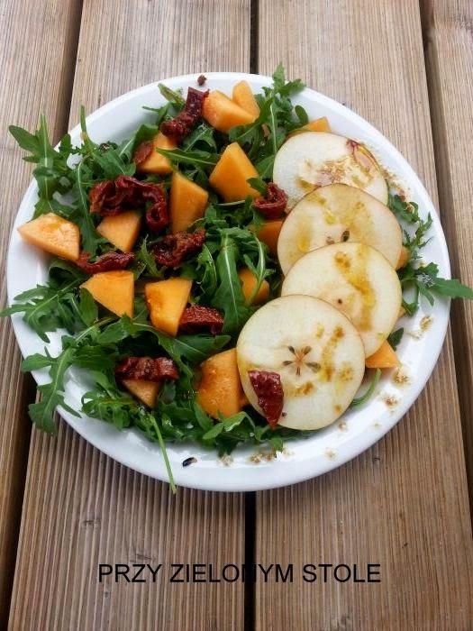 Sałatka z rukoli i melona