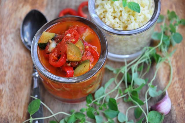 Leczo i zielona zupa – pomysł na prosty obiad