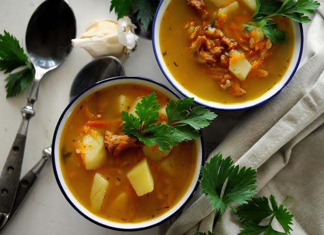 Zupa ryżowa z kurkami